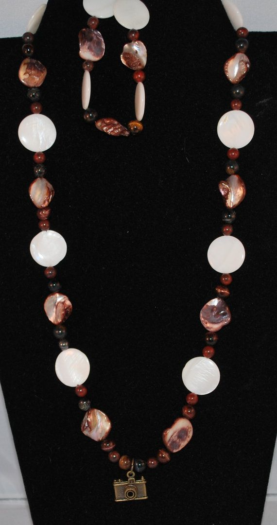 Check out this item in my Etsy shop https://www.etsy.com/listing/264336405/beaded-necklace-dark-bronze-with