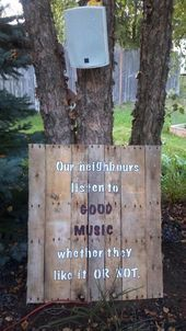 Photo of Just made this pallet sign this weekend to grace our fire pit area. – Cinder Blocks