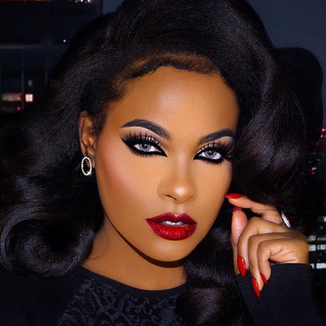9b2ef0f62d7cb35c1f0651953afa90c8--makeup-for-black-dress