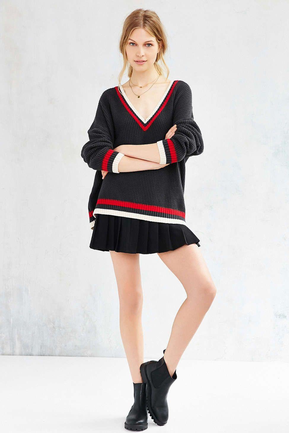 BDG Oversized Boyfriend Sweater | Boyfriends, Latest styles and Urban