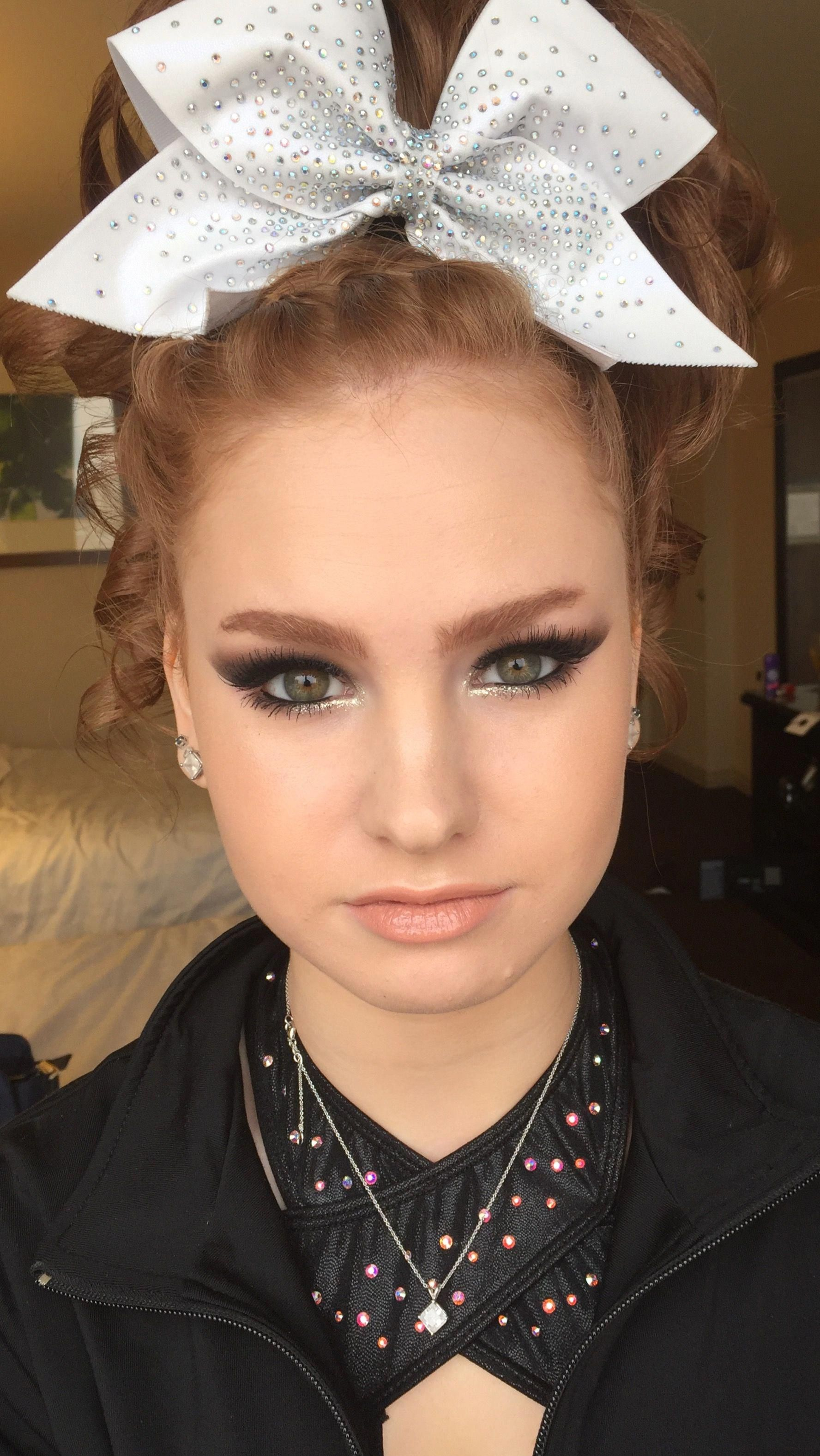 Makeup Pictures For Prom! Cheer makeup, Cheer hair