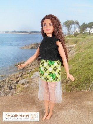 Free Sewing Patterns for Curvy Barbie: Short Skirt and Top | barbies ...