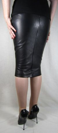 Black Leather Knee Length Hobble | Stuff to Buy | Pinterest | On ...