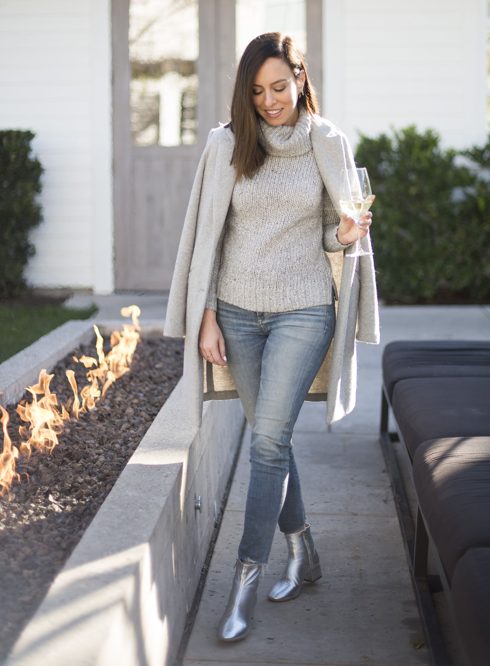 3abd60f54b7 Sydne Style shows how to wear a turtleneck with skinny jeans in tablots  gray sweater and citizens of humanity denim  sweater  jeans  casualstyle ...