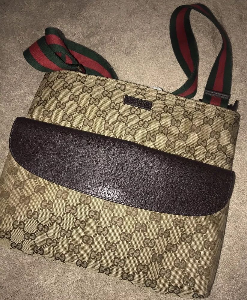 cb42f8b2c97b Gucci Classic Messenger Sling Crossbody Bag 100% Authentic ...