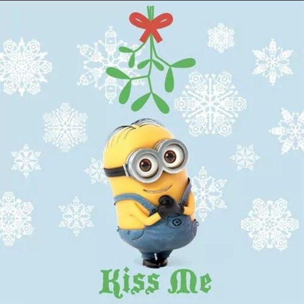 Minion kiss