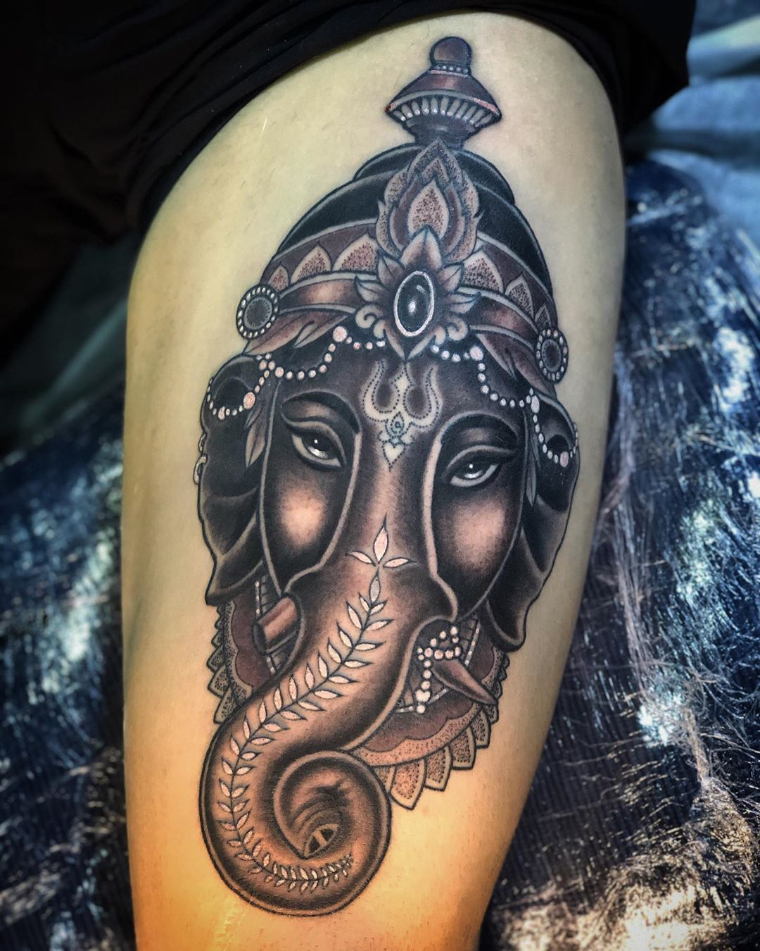 Tatouage De Ganesh Tatouage Tatouage Ganesh Ganesh