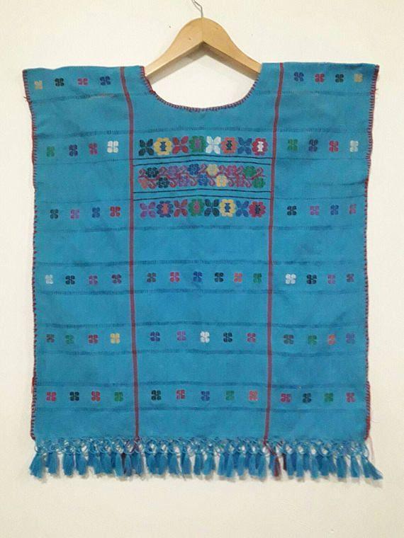 Mira este artículo en mi tienda de Etsy: https://www.etsy.com/es/listing/512531388/embroidery-huipil-mexico-bluose-oaxaca