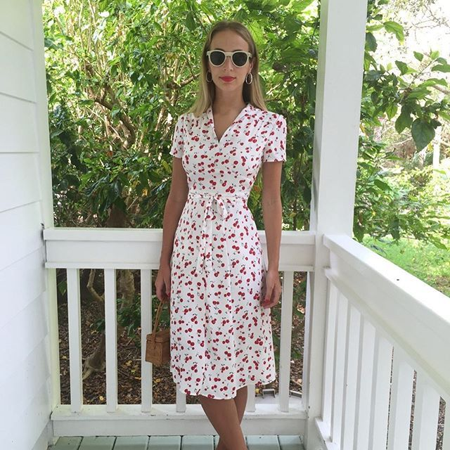 Planning that post-holiday getaway? Turn to a girl that knows a thing or two about jettsetting & easy-to-wear vintage silhouettes—@harleyvnewton just launched @HVN a collection of dresses inspired by her feminine style 🍒👗🍒 Shop our array of OC-exclusive looks like this cherry print in stores & online
