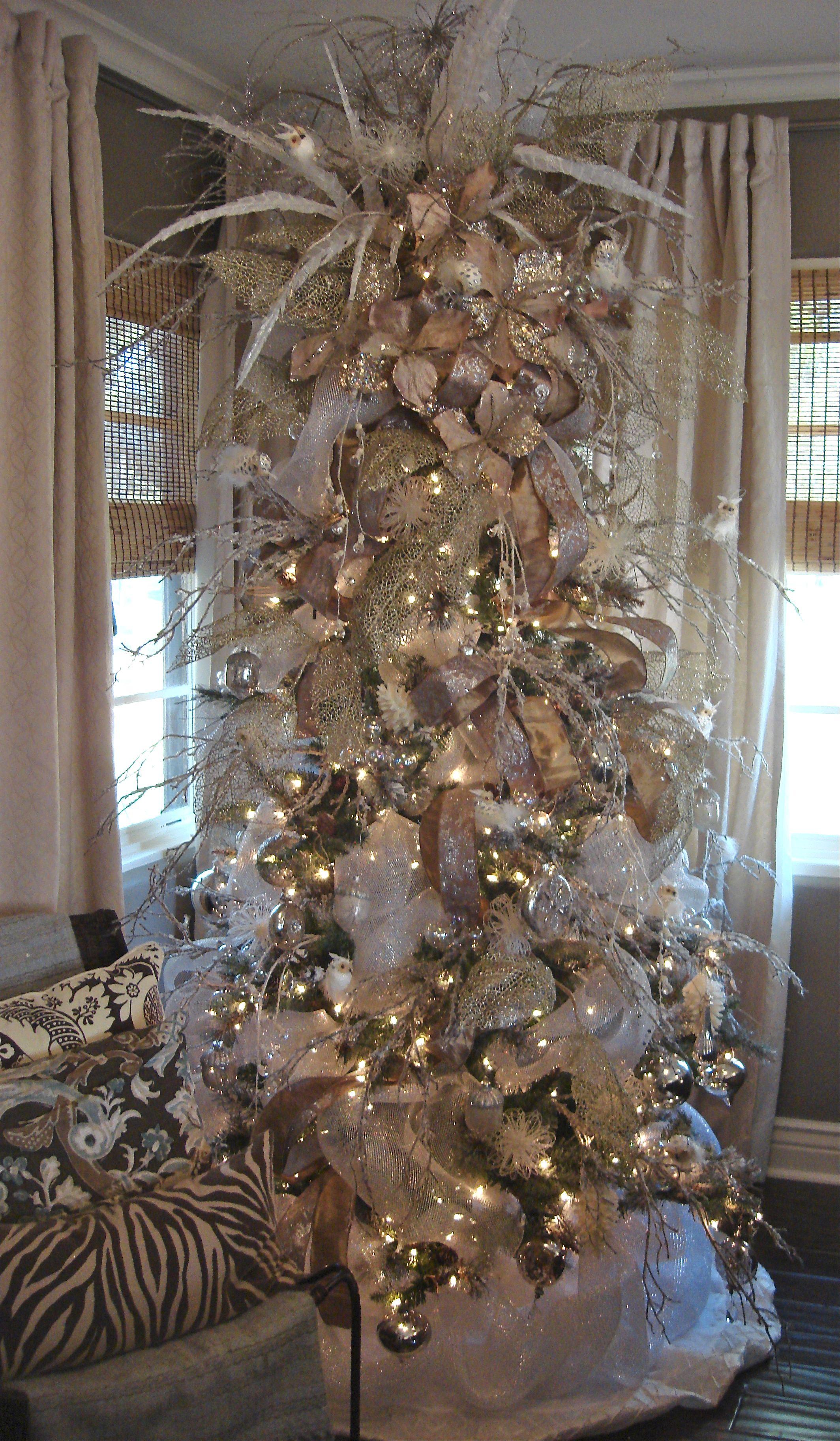 christmas tree winter wonderland holiday decor. Black Bedroom Furniture Sets. Home Design Ideas