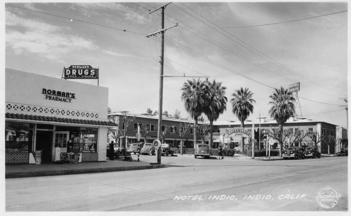 Indio Hotel Miles Ave