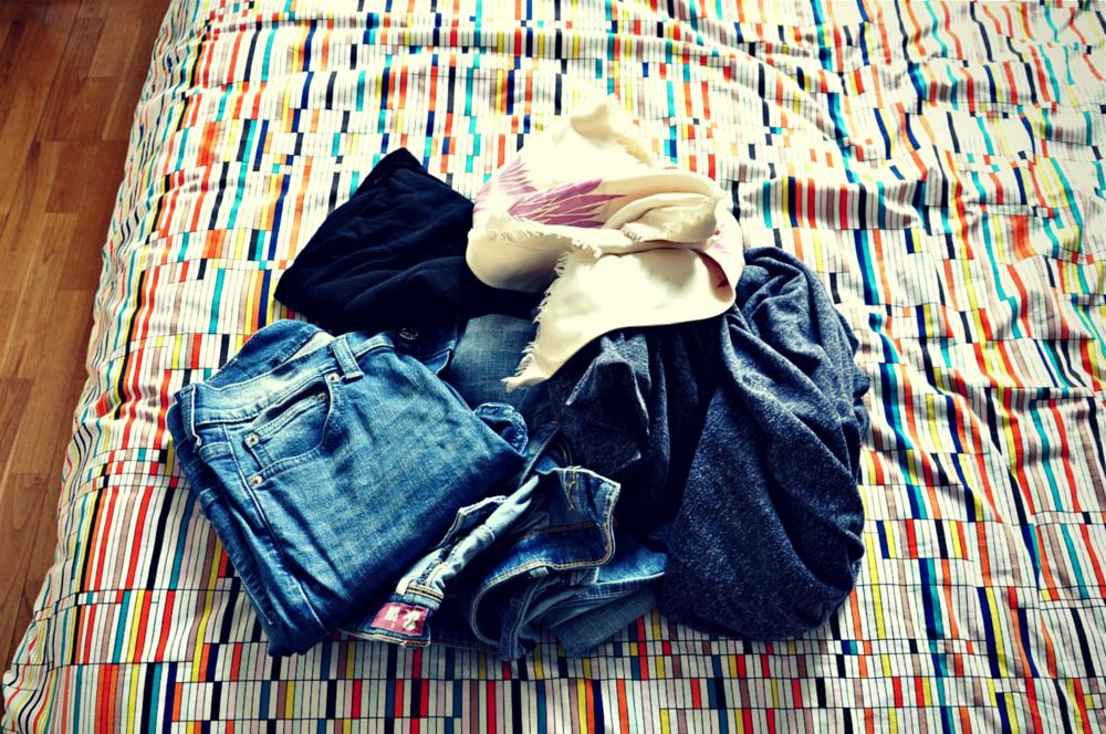 Comment garder une chambre bien rangée - sans vêtements qui traînent !