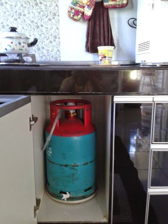 Gas Tank Storage For The Kitchen For The Home In 2019 One Wall
