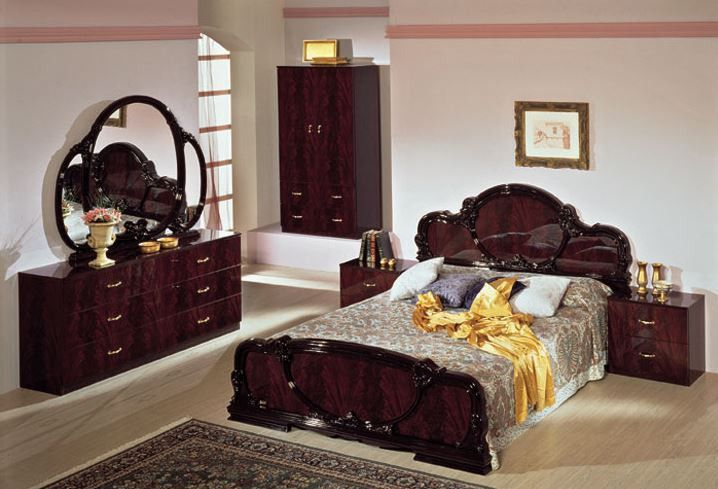 . Serena Mahogany Traditional Italian Bed   Products   Italian bedroom