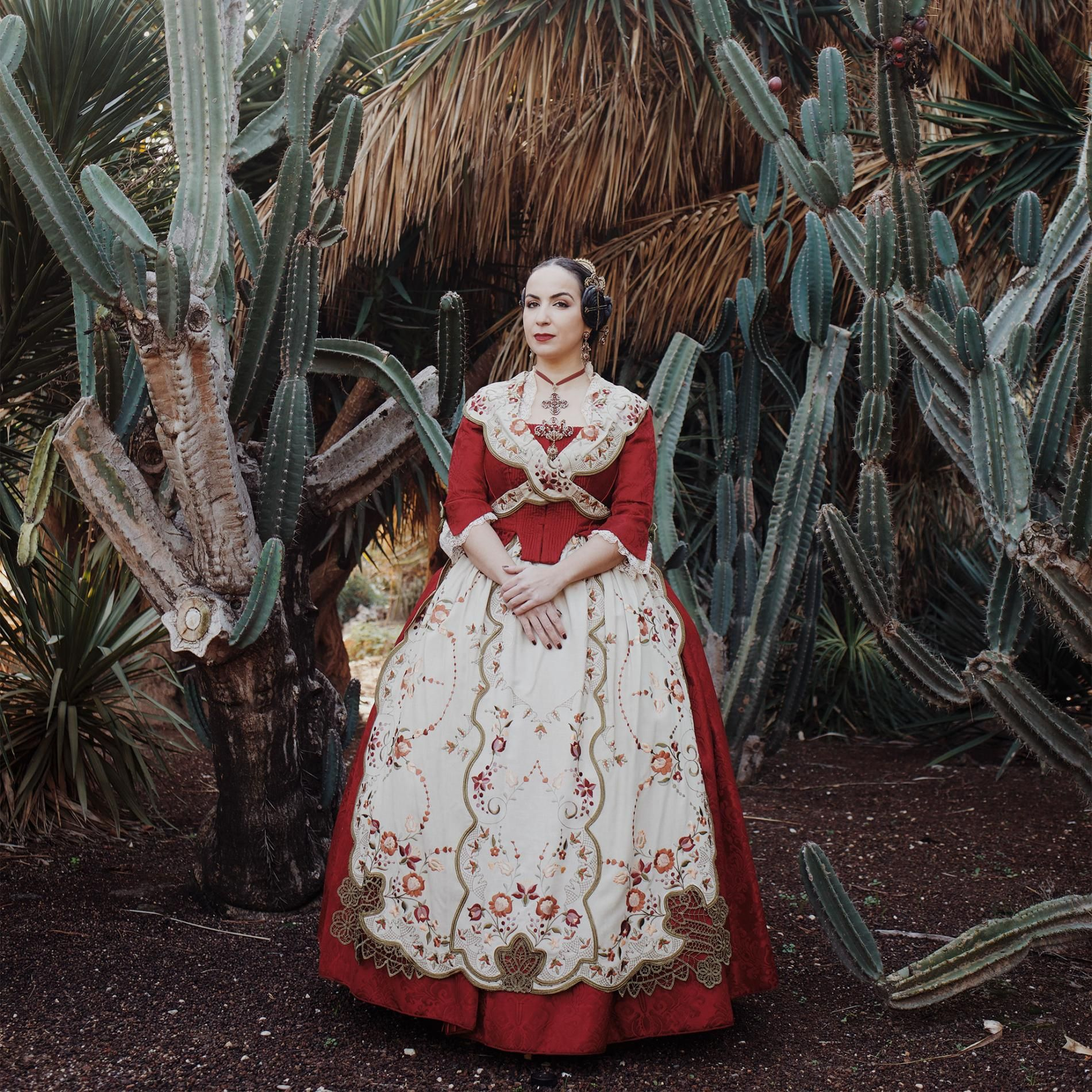 Spain's Falleras Bring Historic Opulence to Life em 2020