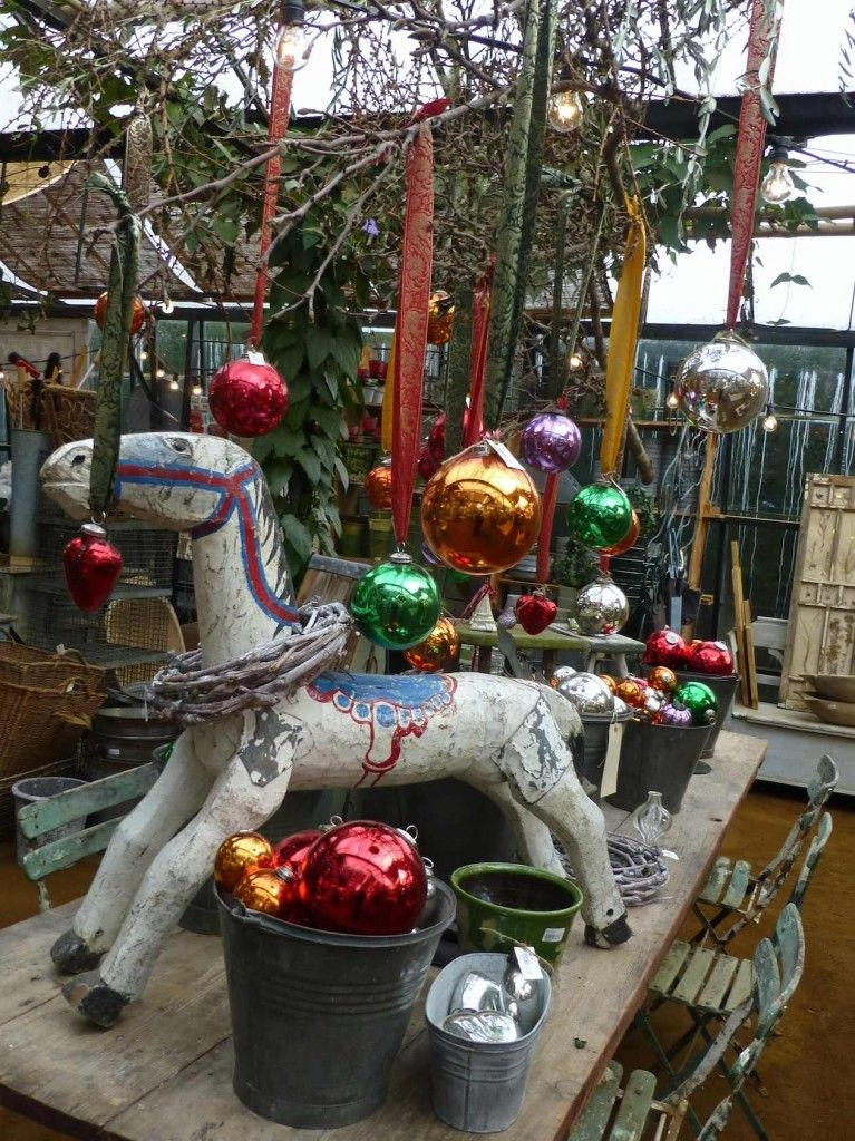 There Are Some Wonderful Wooden Naive Painted Animals At Petersham Nurseries For Xmas 2013 Xmas Tree Decorations Hand Painted Bauble London Christmas