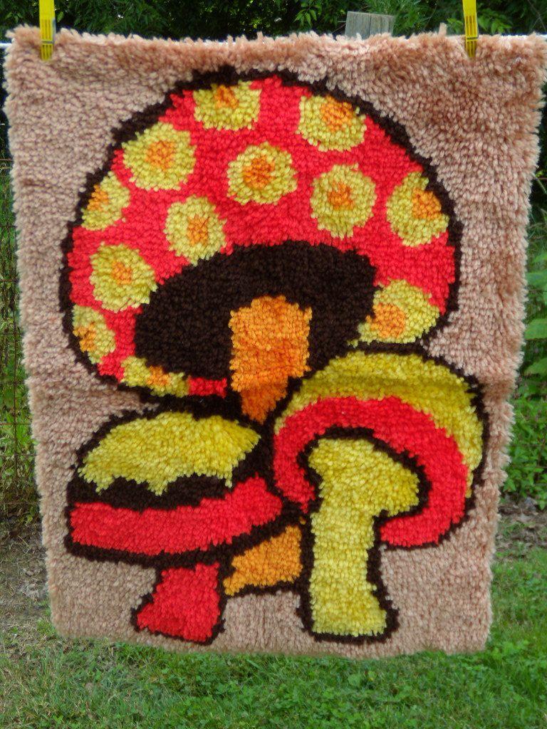 Vintage 70s Mushroom Latch Hook Rug Kitschy Latch Hook Rugs Rug Hooking Latch Hook