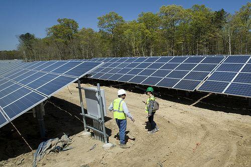 Solar Powered Stations Http How To Build Solar Panels Us Solar Farms Html Construction Of The Long Island Solar Farm