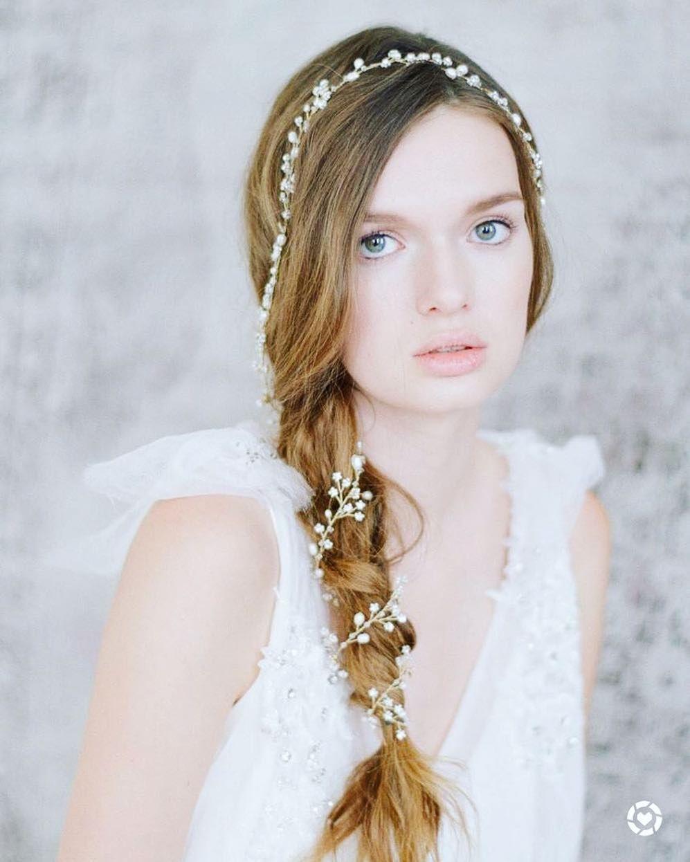 Delicate hair vine 😍 find it here: http://liketk.it/2slZP 😍 Shop ...