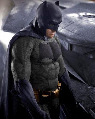 Is Batman S New Suit Blue And Gray In Batman Vs Superman Geektyrant Batman Vs Superman Batman Vs Batman