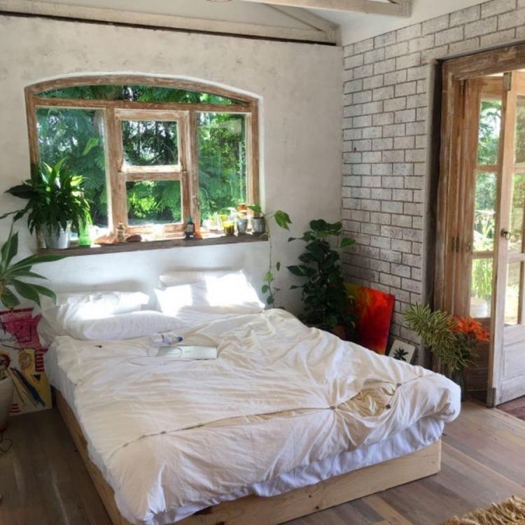 31 Admirable Tiny Bedroom Design Ideas Pimphomee Small Apartment Bedrooms Small Bedroom Decor Remodel Bedroom