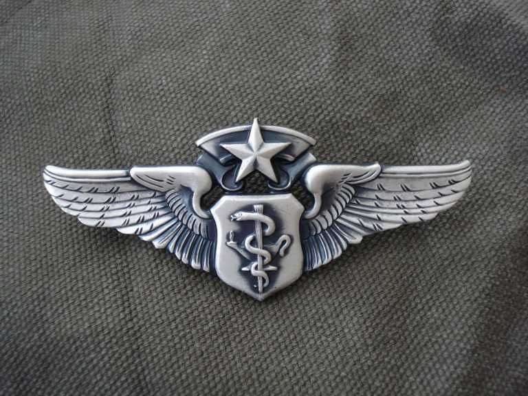 U.S air force chief flight nurse wing badge...one day