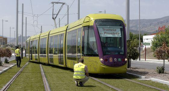 El tranvía de Jaén, 120 millones tirados a una vía muerta   Andalucía   EL PAÍS