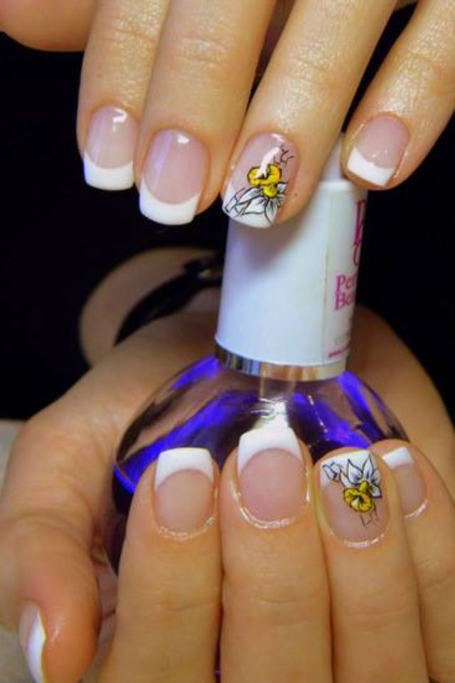 Simple yet fun french manicure nail design .Nails | Nail Designs ...