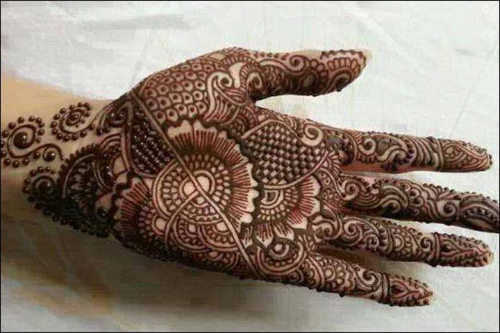 Easy Bridal Mehndi Patterns : Intricate blossoms mehndi design asymmetric lahari
