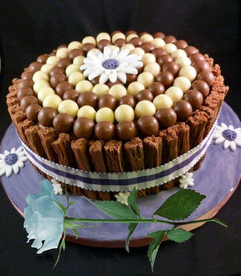 Flakes | Sweet cakes, Chocolate wine, Desserts