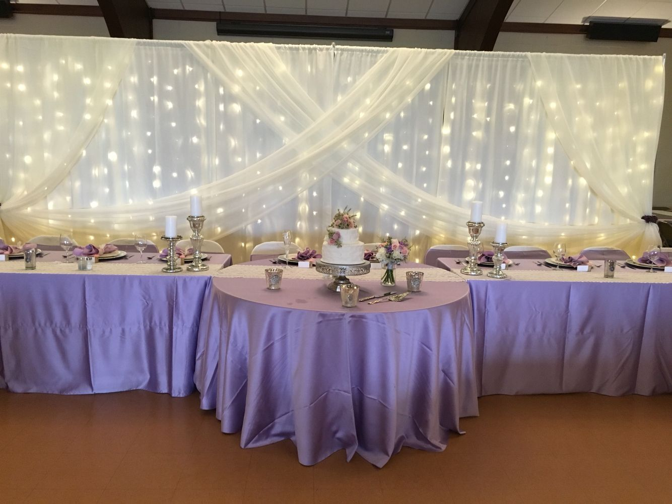 Lavender head table decor