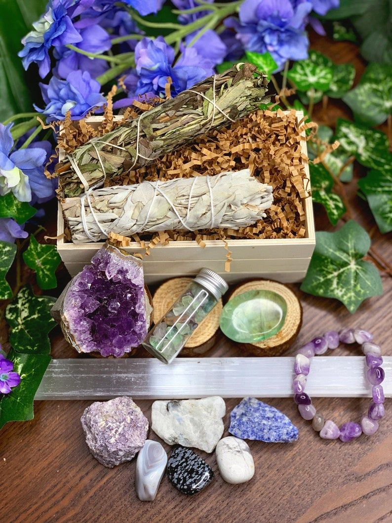 Stress Relief Relaxation Gift Set Sage Crystal Kit Meditation Altar Crystal Healing Wicca Spiritual Gifts Gift Ideas Crystal Set Relaxation Gifts Meditation Altar Spiritual Gifts