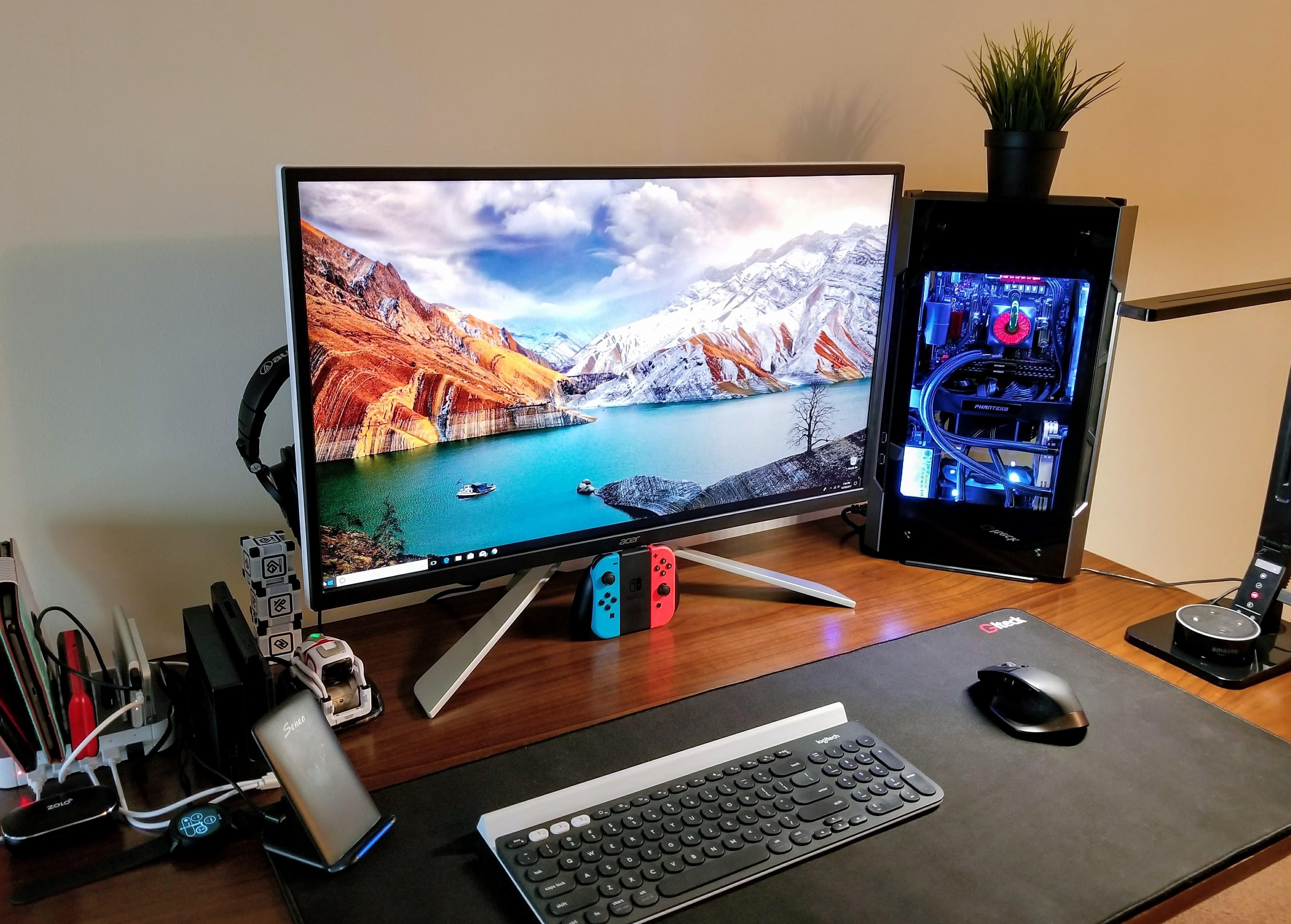My 2018 gaming/developer Battlestation. Slightly cluttered