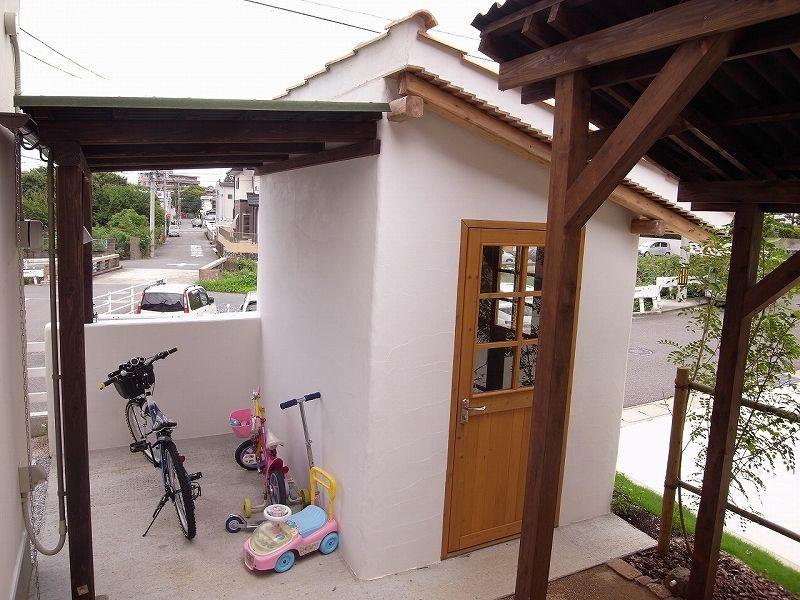 自転車の 自転車小屋 Diy 物置小屋もオリジナル 外部は 小屋