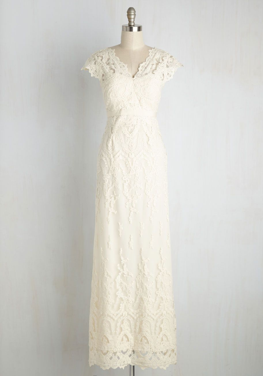 Memorable matrimony maxi dress in ivory ivory gowns and weddings