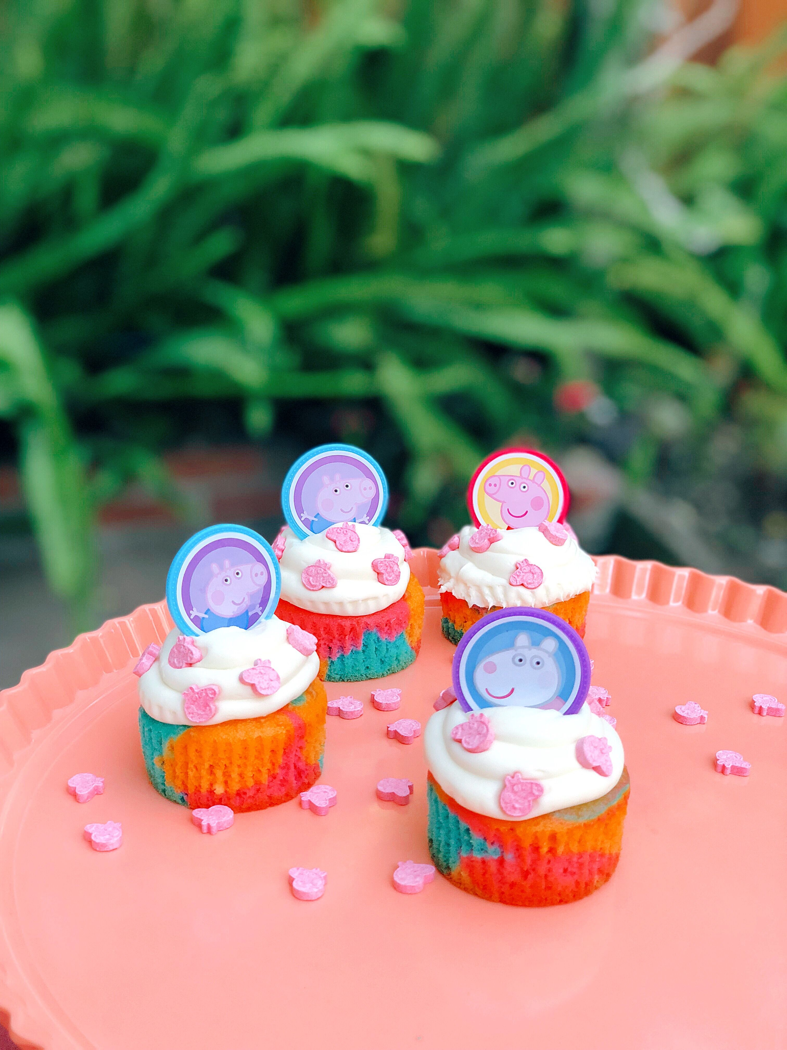 Peppa pig cupcake decorating kit with images peppa pig