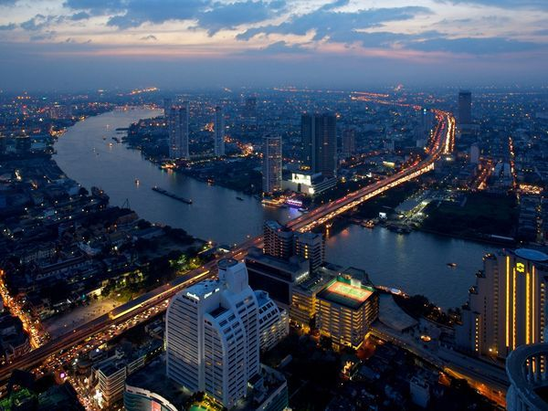 Panoramic view of #Bangkok from open-air Sirocco Restaurant, atop the 64th floor of the State Tower.