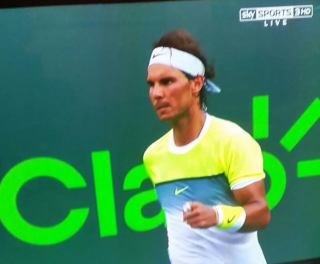 Rafa #Nadal defs Nicolas Almagro 6-4, 6-2 and is through to the 3rd Round at the #MiamiOpen.