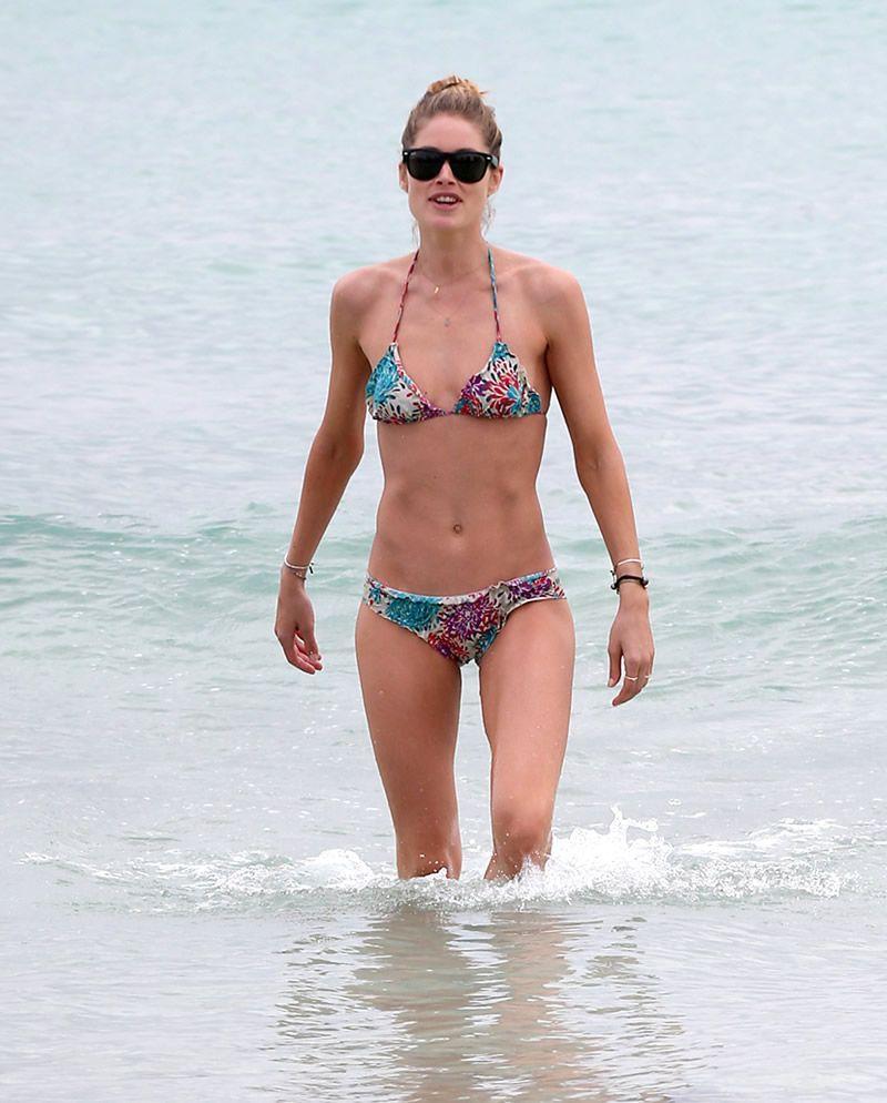Bikini Cisco Tschurtschenthaler nude (29 photos), Tits, Leaked, Instagram, braless 2006