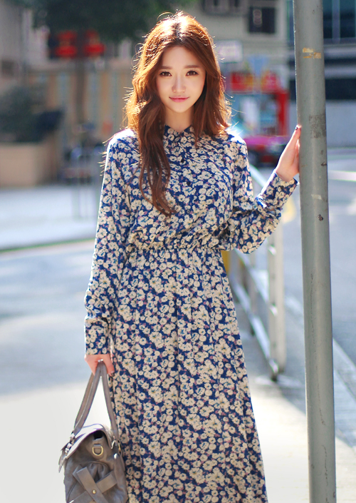 b6e42b98 CHUU] FLORAL LONG SLEEVE MAXI DRESS | My style