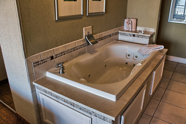 Myrtle Beach Hotels With Jacuzzi Hot Tub Room Jacuzzi Hot Tub Jacuzzi