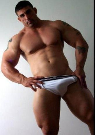 Hung muscle men tumblr