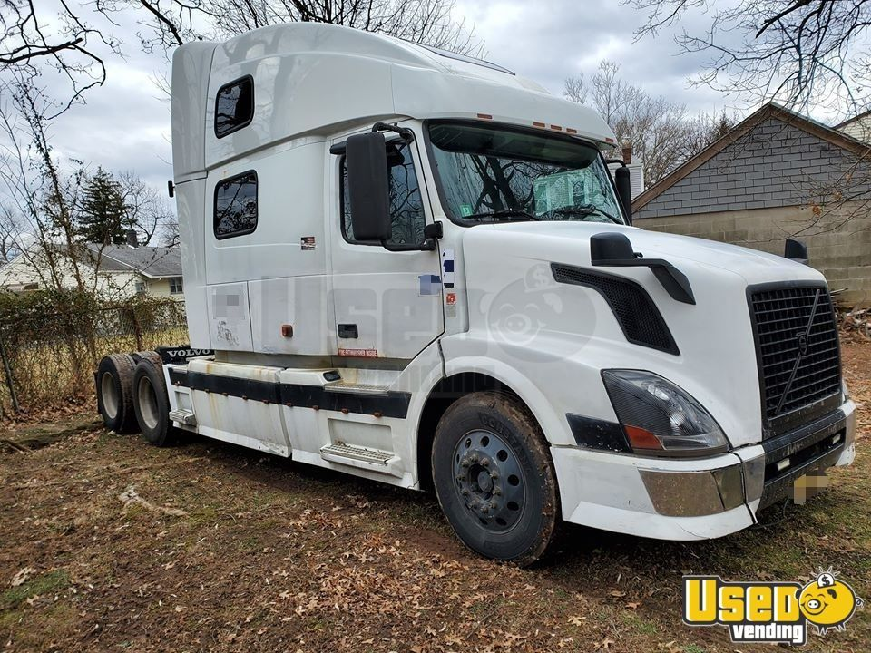 2006 Volvo Vnl 780 Sleeper Cab Ready To Work Semi Truck For Sale In New Jersey Volvo Volvo C30 Volvo Suv Xc90