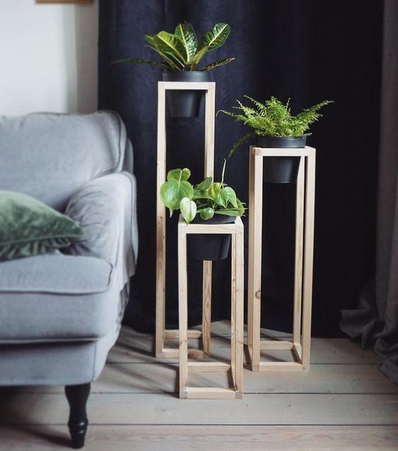 DIY Pflanzenständer Zimmerpflanzenständer Ideen Holzpflanzenständer #indoorgarden