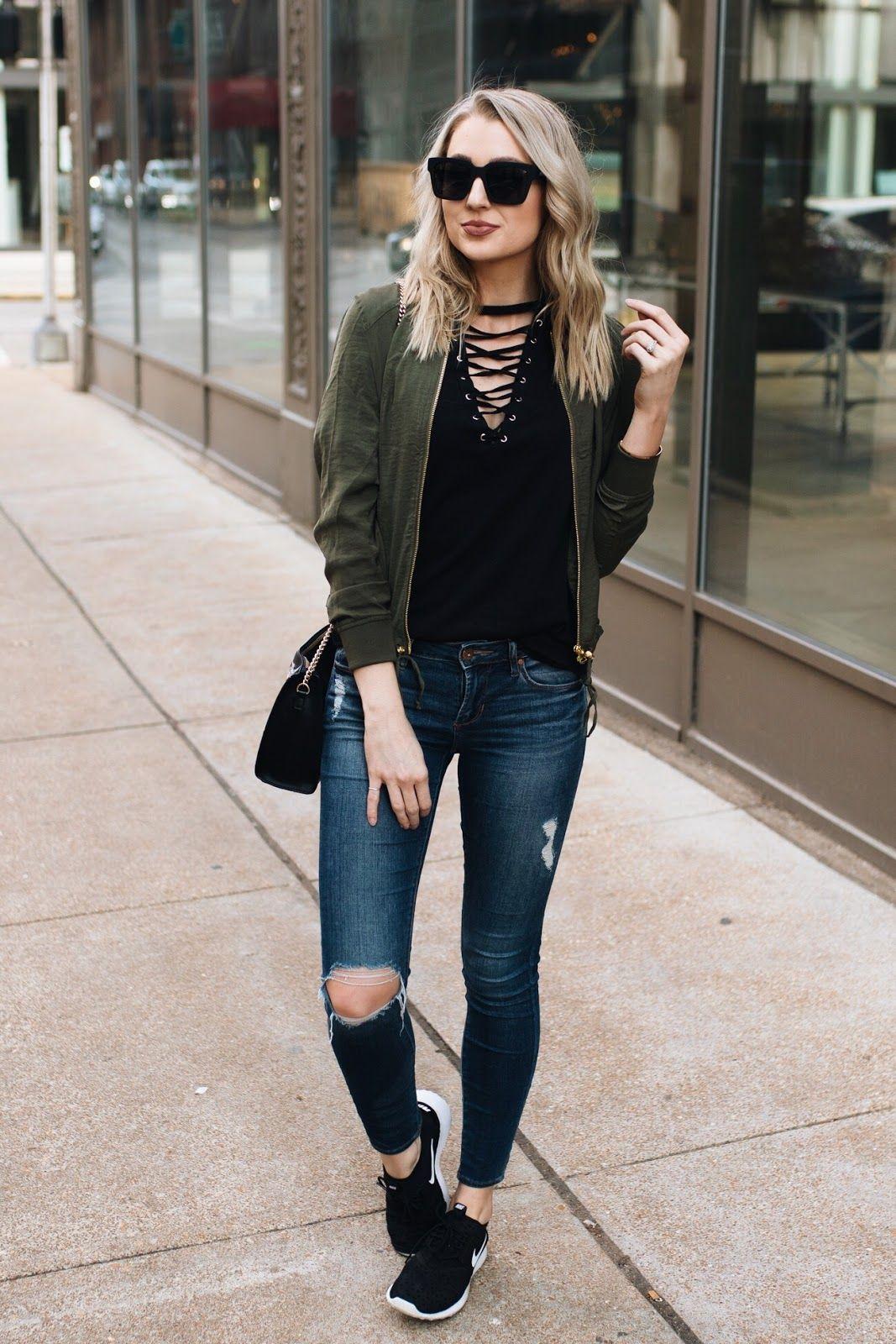 Weekend Casual   Casual bar outfits, Sneakers outfit ...