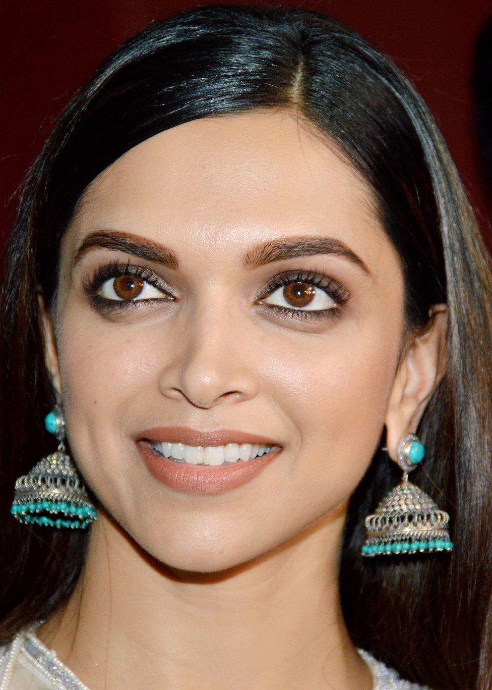 Индийские актрисы без макияжа фото важнейших
