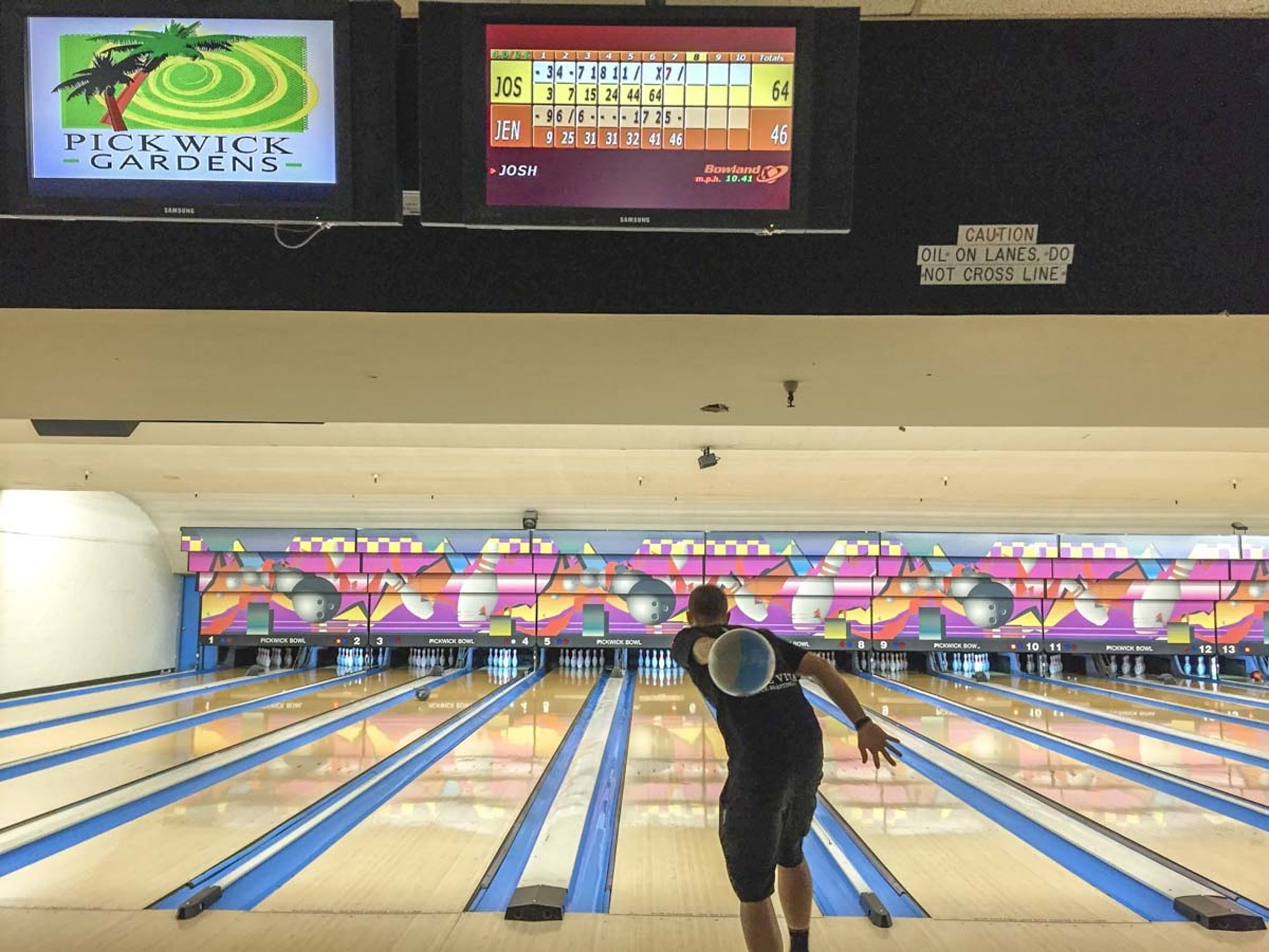 On The Grid Pickwick Bowl Burbank Bowl Marble Ball