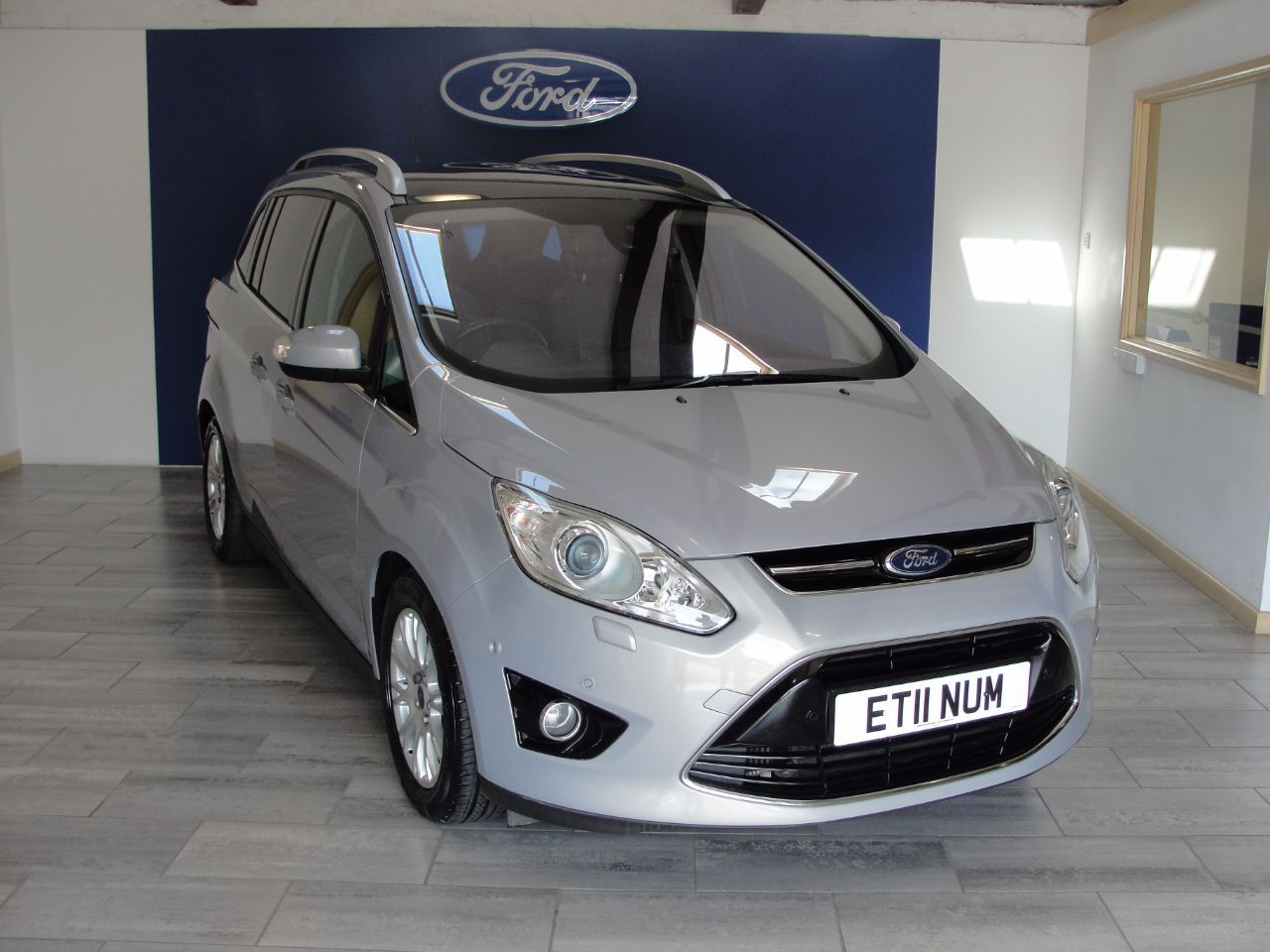 Second Hand Ford Grand C Max 1 6 Tdci Titanium 5dr For Sale In