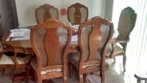 Table With 6 Chairs In Longview, WA (sells For $75) Offer Up