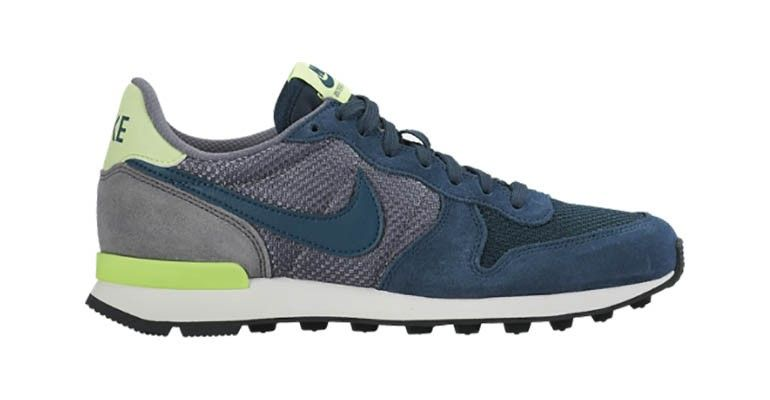 Women s Nike Internationalist - Color  Mid Teal Cool Grey Ghost Green -  Size  6 ec358db5a